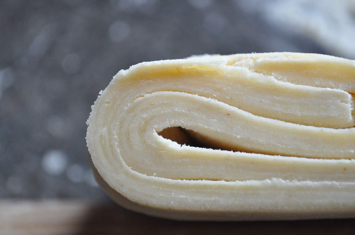 Бездрожжевое слоеное тесто, как приготовить в домашних условиях