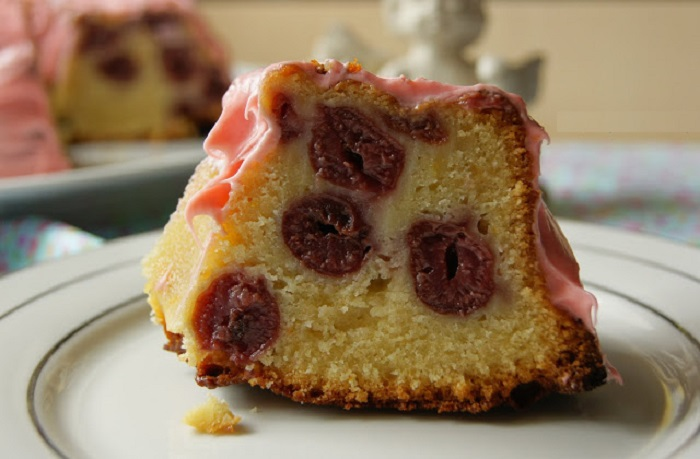 Orange yogurt and cherry cake