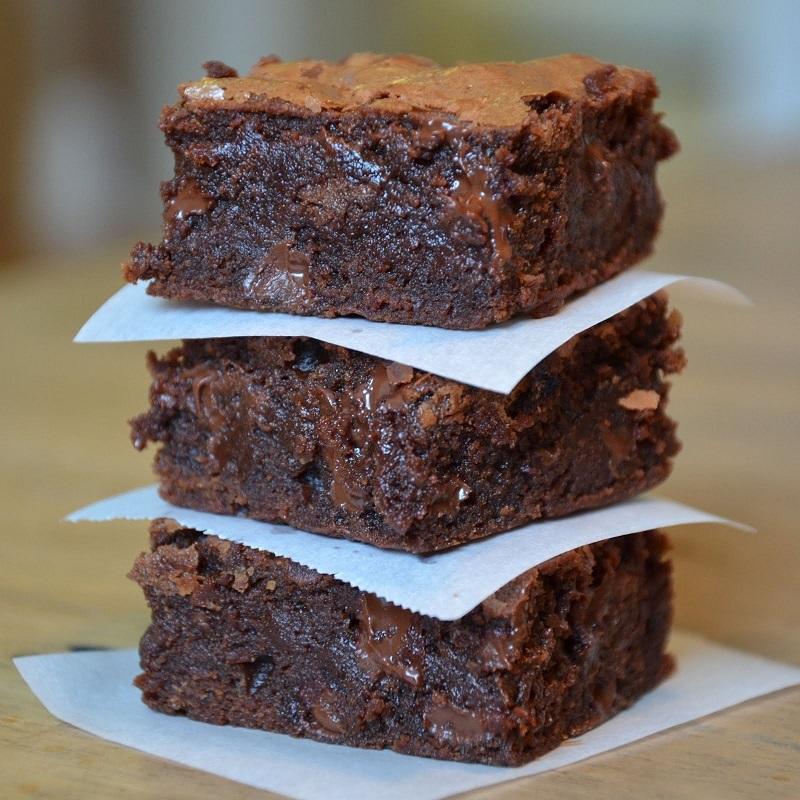Шоколадное пирожное с орехами рецепт