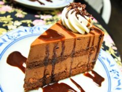 Шоколадный торт Корица