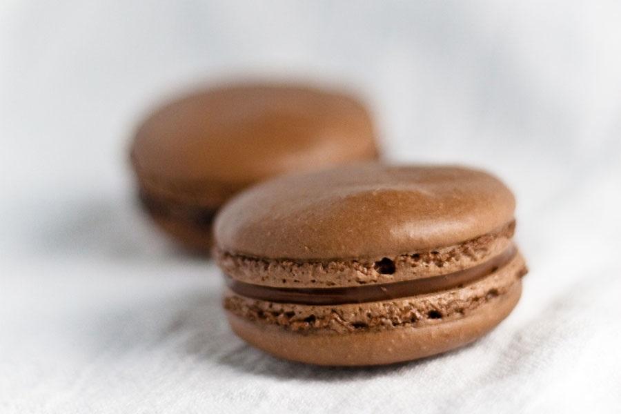 Рецепт шоколадные макаронс Пьера Эрме из книги «Macaron»