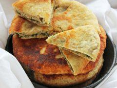 Как приготовить грузинские лепешки хачапури с сыром