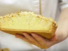 Яблочный пирог на сметане вкуснее шарлотки