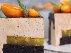 Торт с шоколадным суфле и апельсиновом конфи