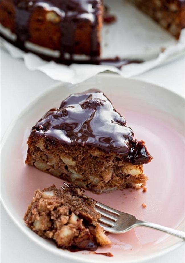 Яблочный пирог с шоколадом, рецепт с фото