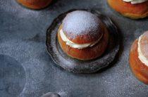Шведские булочки — Semla из дрожжевого теста с кремом